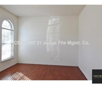 10125 Sourwood Drive, Tarrant County, TX