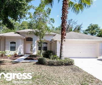 479 Carriage House Ln, Palm Harbor, FL