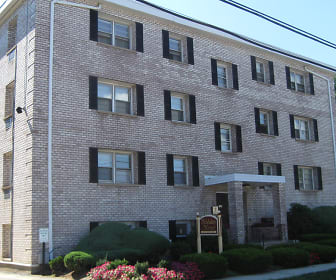 Holiday Manor Apartments, West Haven - SLE, West Haven, CT