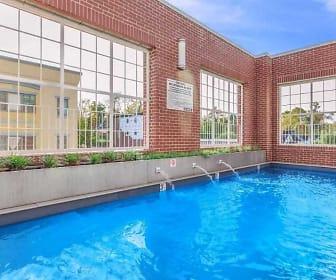 Pool, Urban Station