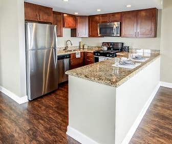 Kitchen, Grandview Pointe