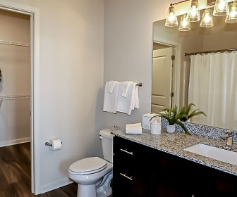 Bathroom, Station at River Crossing