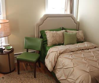 Bedroom, 1632 W. Belmont