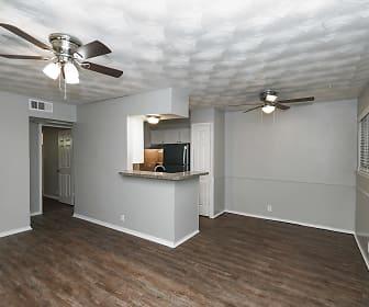 KoKo - Luau Apartments, Dallas, TX