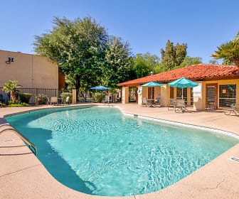Pool, Solano Springs