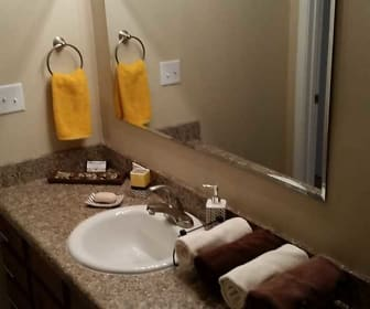 Bathroom, Eagle Creek Apartments