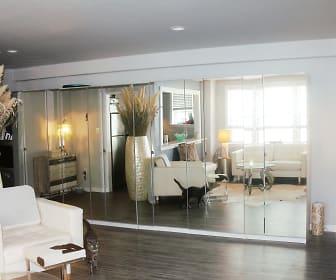 Mayflower Apartments, Virginia Beach, VA