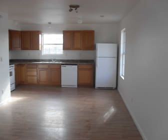 Kitchen, Blarney Stone Investments Apartments
