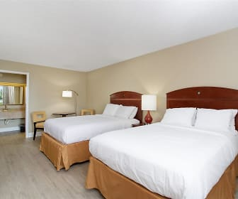 Bedroom, A-P-T Suites Lakeland