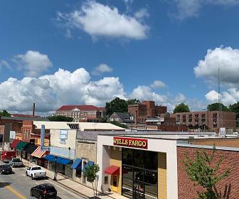 142 N Main St, Cumberland, VA