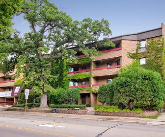 Oak Tree Apartments, 53726, WI