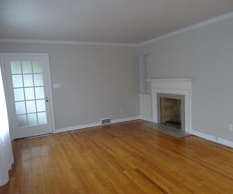 2400 Ashurst Road, Unit upstairs, Shaker Heights, OH