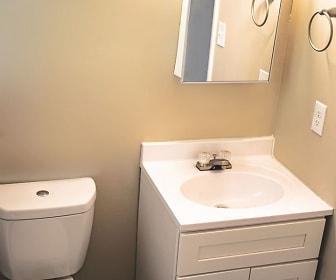 Bathroom, Magnolia Square Apartments