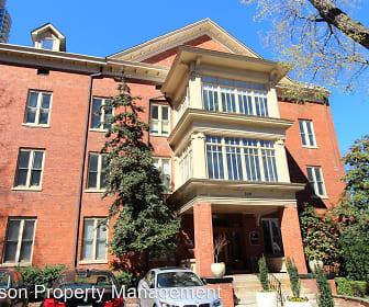 Building, 229 N. Poplar Street #11
