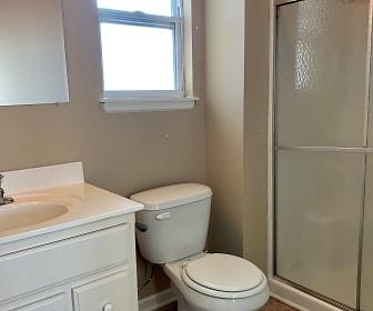 Bathroom, 816 NE Westwind Ln Apt A