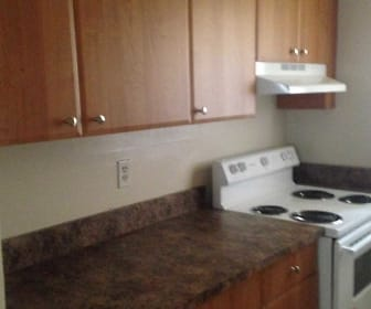 Kitchen, Jade-Lynn Apartments