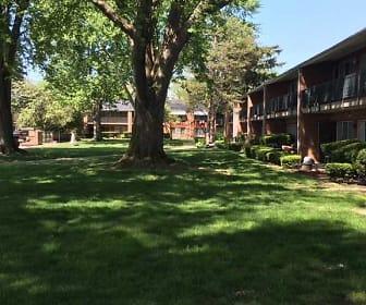 Garden Arms Of Westgate, Monac Elementary School, Toledo, OH