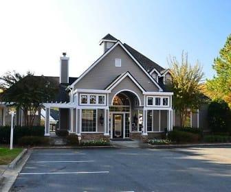 Building, Crowne Oaks