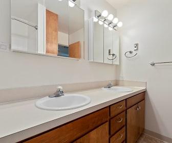Bathroom, Park View Apartments