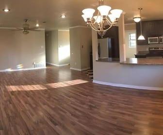 508 Ovilla Rd, Waxahachie, TX