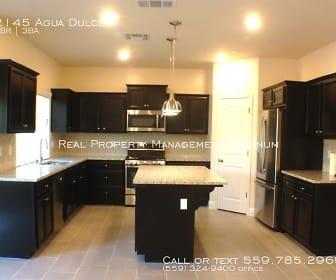 2145 Agua Dulce, Dinuba, CA