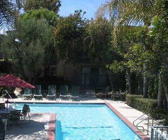 Pool, Camino De Oro