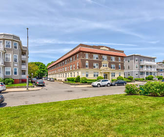 17 Beach Road Apartments, Lynn, MA