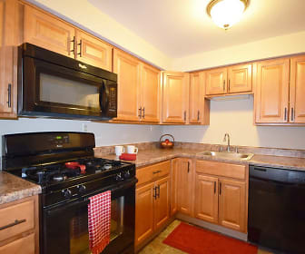 Kitchen, La Vale Apartments