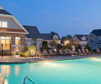Pool, Avalon Cohasset