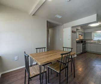 Room for Rent -  a 3 min walk to M L King Blvd @ S, South Park, Houston, TX