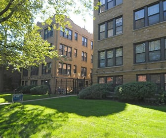 Woodlawn Court, Lutheran School of Theology  Chicago, IL