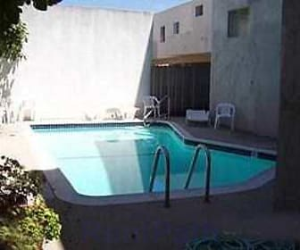 Pool, Madison Avenue South