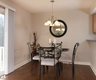 Dining Room, 76 hunting bow trail