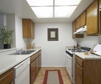 Kitchen, Stonewood Apartment Homes