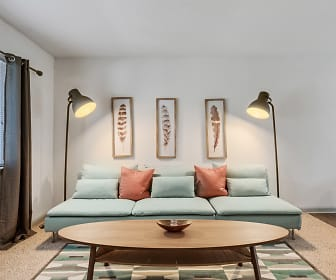Living Room, The Retreat at Brightside