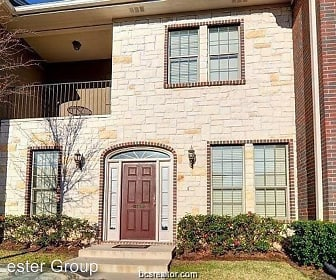146 Forest Dr., College Station, TX