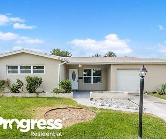 3597 NW 37th Ave, Woodlands, Tamarac, FL
