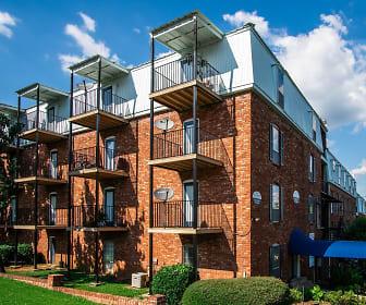 Building, Serenity Apartments at Huntsville