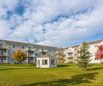 Woodhaven Place Apartments, West Acres, Fargo, ND