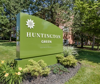 Huntington Green, Warrensville, OH