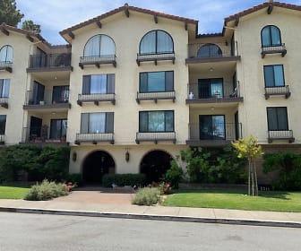555 Palm Avenue, Unit 206, Millbrae, CA