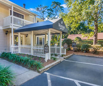 Woodcliff Apartment Homes, 32504, FL