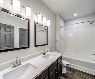 Bathroom, Aventura Crossroads