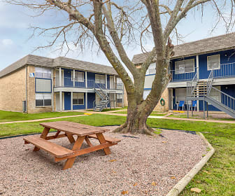 Recreation Area, Parkview Apartments