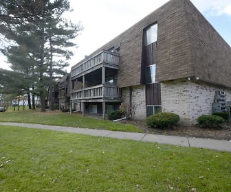 Foxes Lair Apartments, South Lorain, Lorain, OH