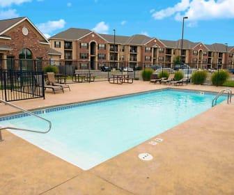 Pool, Highland Ridge Apartments