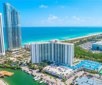 OCEANFRONT... 100 bayview, North Miami, FL