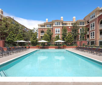 Pool, Franklin Street
