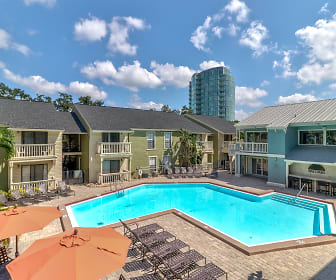 Pool, Bay Oaks