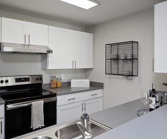 Kitchen, The Pointe